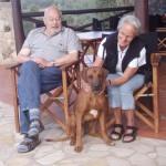 Oma, Opa und Moshi