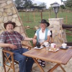 Oma und Opa in Paraguay