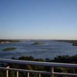 Rio Paraguay mit Asuncion im Hintergrund