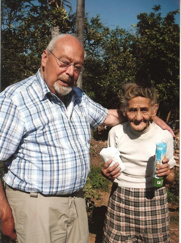 Vater mit Nachbarin Gregoria