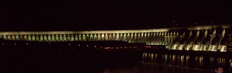 Itaipu by night